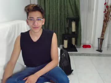 [03-09-21] tenderr_boy private show video from Chaturbate