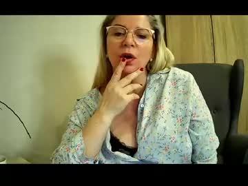 [22-04-21] penelopeflirty chaturbate cam show