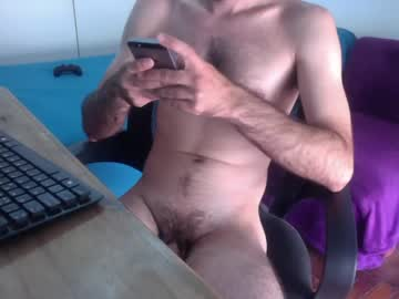 [16-01-21] charles0285 public show from Chaturbate