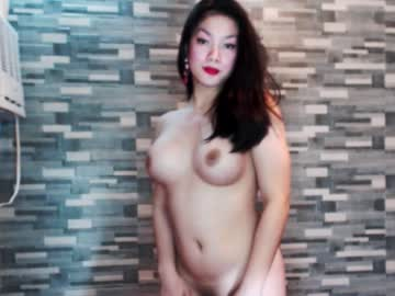 [14-11-18] queen_jenny video with toys