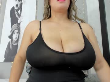 [13-03-21] big_tits_in_your_face public show from Chaturbate.com