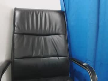 [23-10-18] samyythin public webcam from Chaturbate