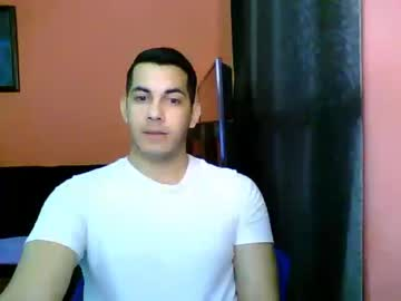 [07-09-19] fabrizziof record public show from Chaturbate