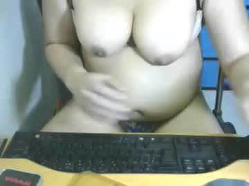 [22-01-19] hotwildts public show video from Chaturbate
