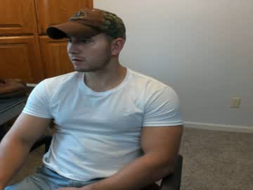 [22-09-19] hotmuscles6t9 public show video from Chaturbate
