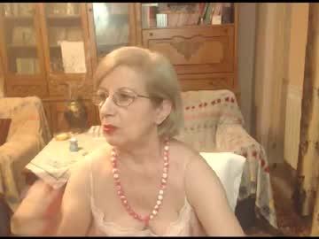 [18-05-21] divinecarla record private webcam