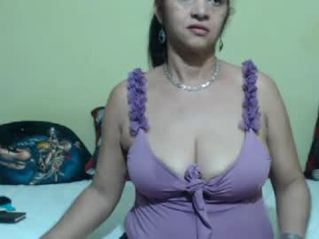 [30-07-19] horny_mommy17 premium show