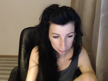 [09-07-21] divine_angel public show video from Chaturbate.com