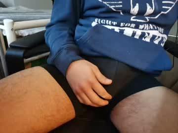 [19-12-20] brunch4ver public webcam from Chaturbate