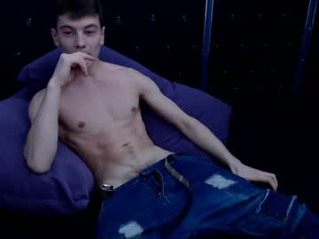 [26-02-20] athleticloganx private webcam from Chaturbate