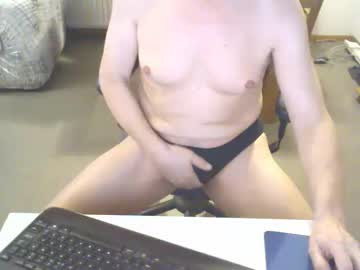 [28-11-19] dutchpornking2 show with toys