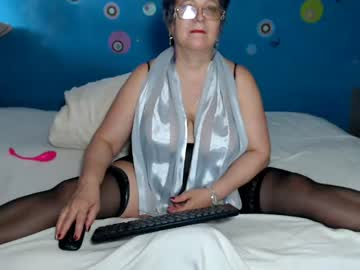 [27-05-20] queenpammy webcam record