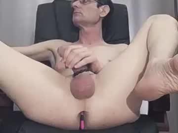 [12-04-19] xslave1x private webcam from Chaturbate.com