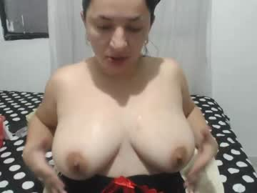 [06-03-21] squirtmasterxx cam show from Chaturbate