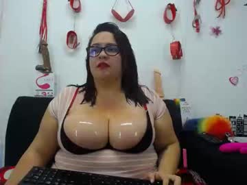 [22-05-19] lulubigtitts record premium show from Chaturbate.com