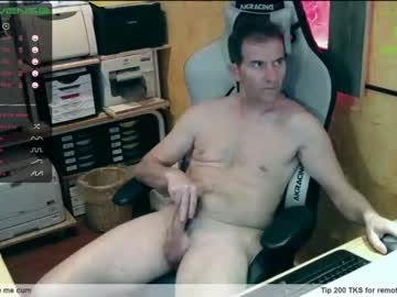 [05-04-20] nakedluke record show with toys from Chaturbate
