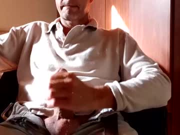 [14-05-20] kndres record blowjob video from Chaturbate