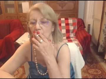 [17-09-21] divinecarla record private show video from Chaturbate.com