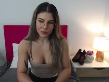 [22-03-21] julia_hot_cam public show video from Chaturbate