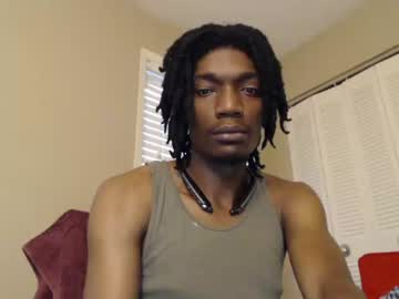 [18-06-19] kennykinglong video from Chaturbate.com