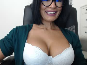 [26-10-20] nauty_leila chaturbate public show video