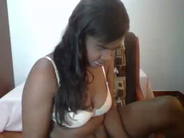 [12-12-18] amazing_black_woman public webcam from Chaturbate.com
