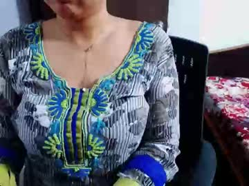 [28-05-20] puneri_latika private webcam from Chaturbate.com