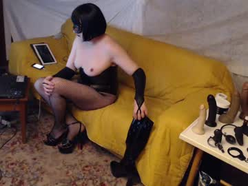 [28-04-20] susytrav_analqueen blowjob show from Chaturbate.com