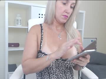 [03-10-18] angel_danm_milf cum record