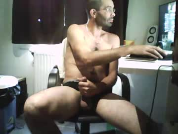 [17-09-19] math1980 public show video from Chaturbate.com