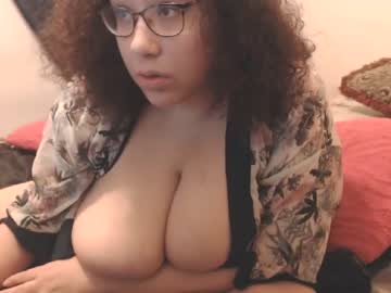 [14-05-19] theplayfulbbw record public show video from Chaturbate.com