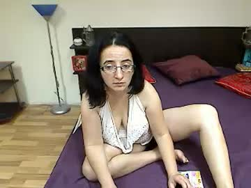 [17-12-18] onehairyangel record video with dildo from Chaturbate