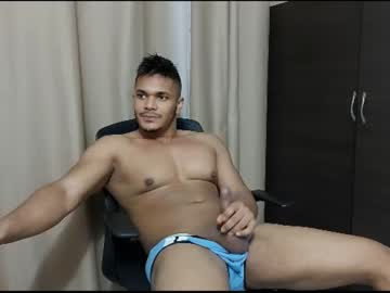 [14-06-21] joelfiore video with toys from Chaturbate
