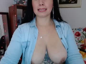 [31-03-20] dark_fetish show with toys from Chaturbate.com